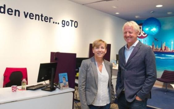 Astrid Henriksen, Key Account Manager for kjeden i Berg-Hansen og Odd Erik Salvesen, daglig leder i goTO. Foto fra Berg-Hansen.
