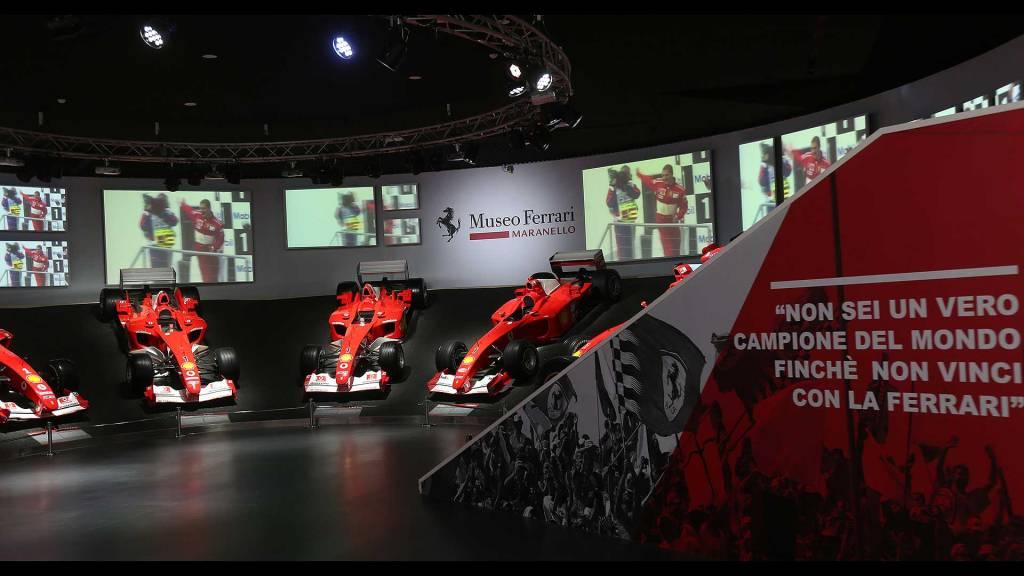 Salón de exhibición del 50 aniversario de Michael Schumacher
