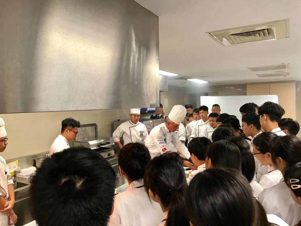 Chef Andy Demo at Partnership school in Taiwan