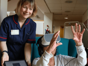 VR helps patient manage anxiety and pain