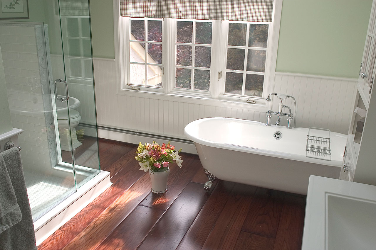 Vintage Bathrooms Designs & Remodeling