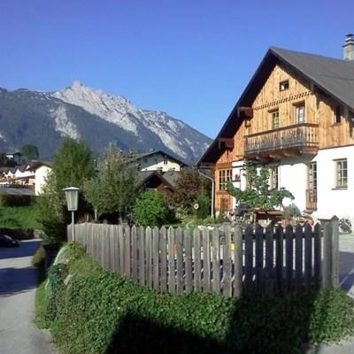 Abtenau-centre1-Sept 2013