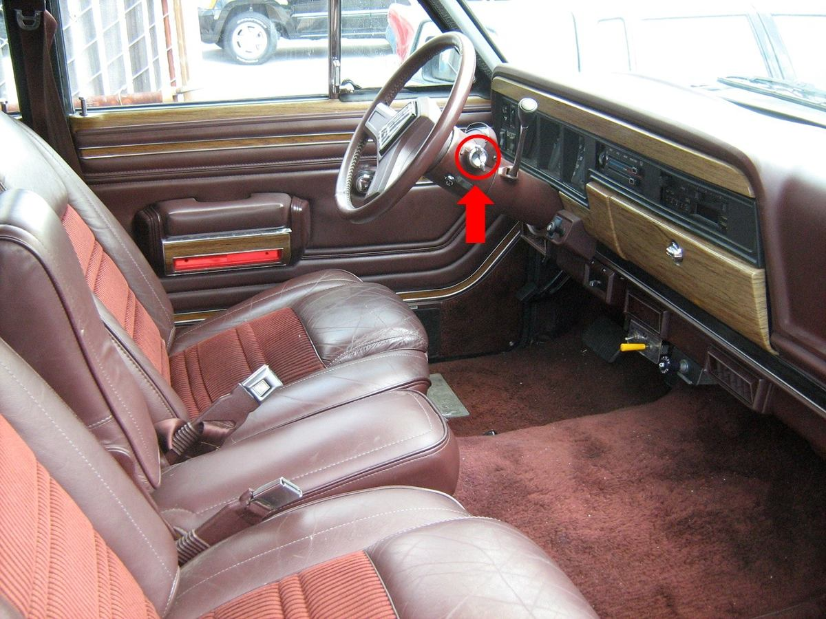 Wagoneer 88 Interior Limited