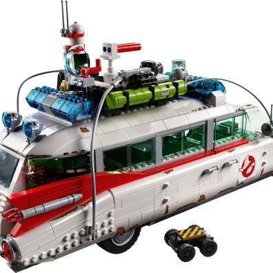 Ghostbusters-LEGO-10274-ECTO-1-4