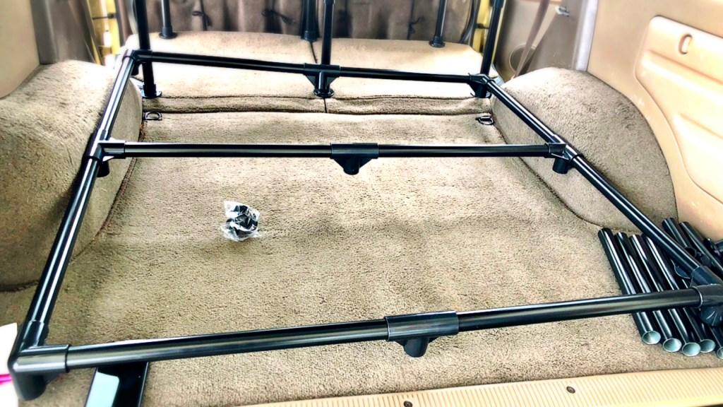 ハイラックスサーフ 車中泊 DIY ベッド イレクターパイプ