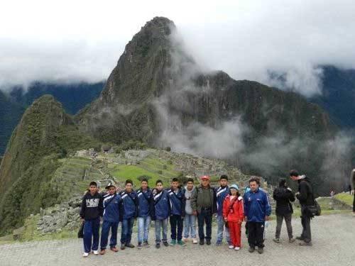 escolares de Chancay  Machu Picchu