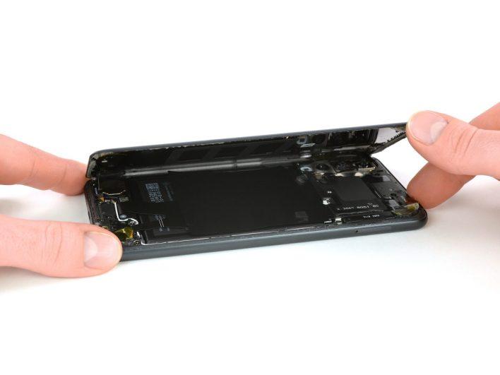 Huawei P20 Pro: szétszedve