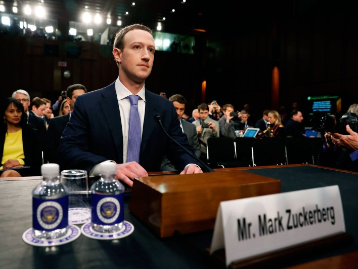 A Huawei is kapott adatokat a Facebooktól
