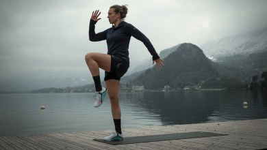 Helen at Lake Annecy showing you how to exercise to help climbing easier on the bike