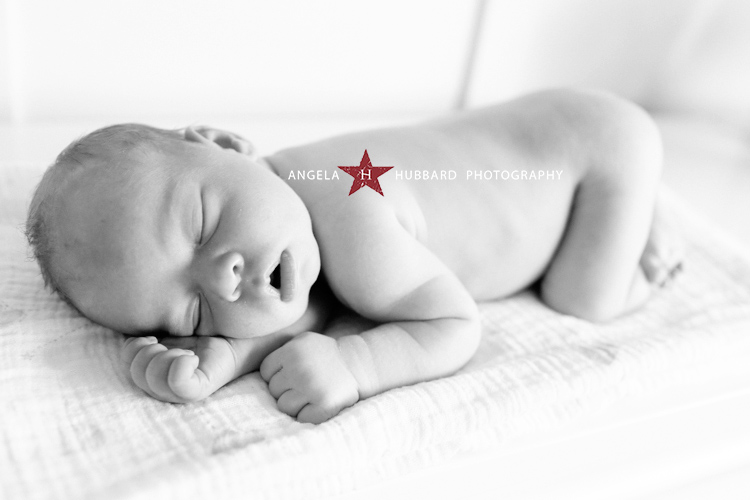 Vancouver newborn photograhper angela hubbard photography