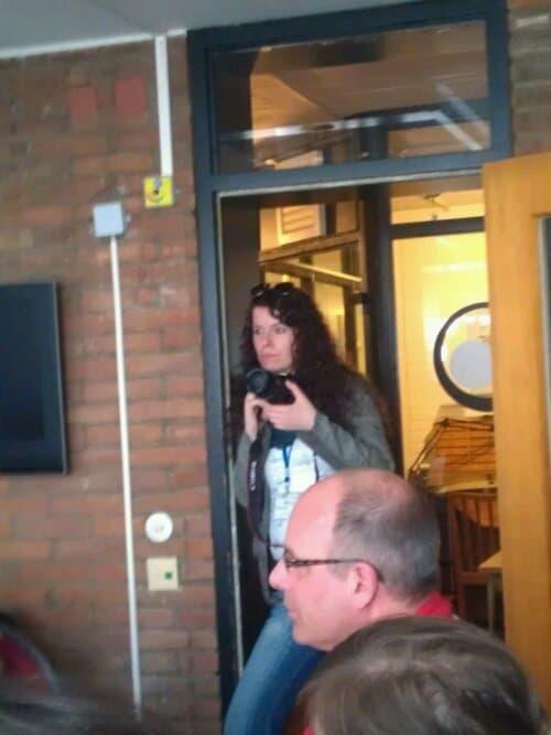 Ellen beim Bilder machen während der Session