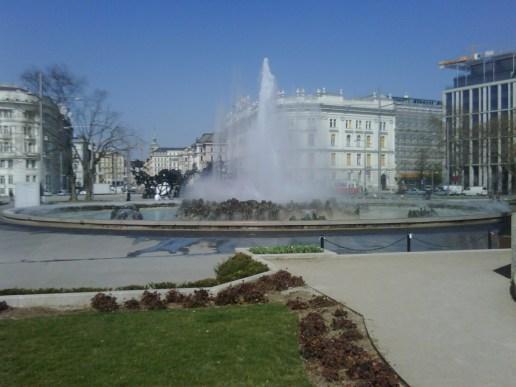 Wien ist immer eine Reise Wert. Kundenbesuch am Schwarzenbergplatz.