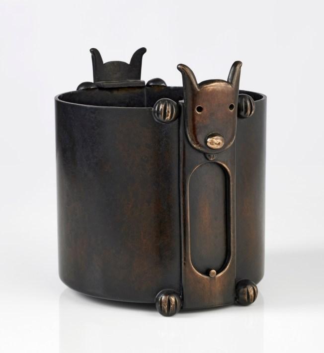 cache pot dodger 02