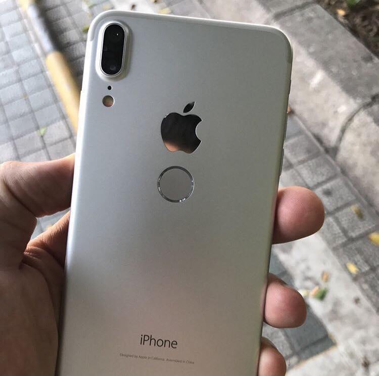 Alleged iPhone 8 smartphone