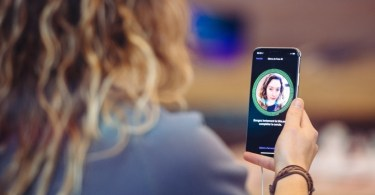 How To Use Face ID or Touch ID To Unlock WhatsApp On iPhone