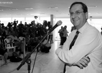 NOTA DE PESAR: Jornalista André Duda, ex-secretário do GDF morre aos 56 anos
