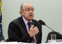 Após tentativas de obstrução, reforma tributária é aprovada em comissão especial da Câmara