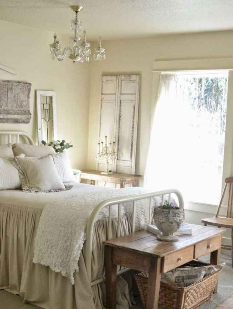 30+ Simple and Modern Farmhouse Bedroom Decor Ideas - Page ...