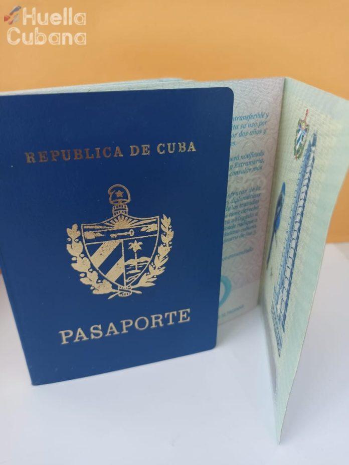 El permiso de prórroga para los cubanos en EEUU costará 150 dólares mensuales