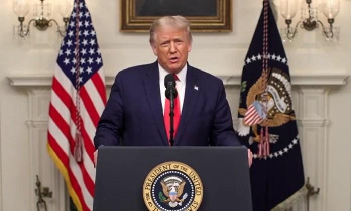 Donald Trump no corre el riesgo de transmitir el coronavirus