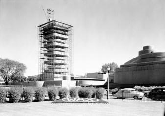 Johnson Wax_construccion torre