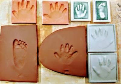 Proceso-huellas-bebe-arcilla-cerámica