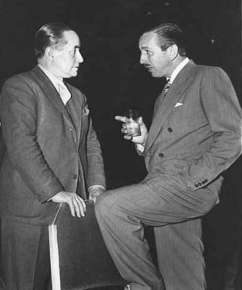 Molina Campos fue contratado especialmente para asesor a los dibujantes de los estudios Walt Disney.