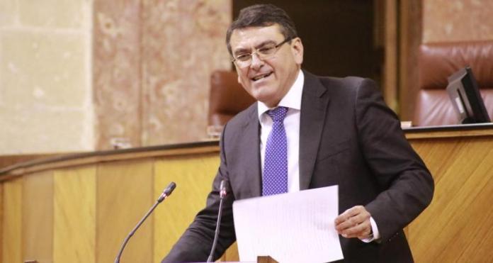 Segovia solicita a Vox que condicione el presupuesto andaluz al proyecto  Ceus