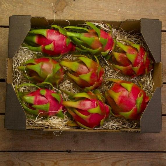 caja de fruta del dragón