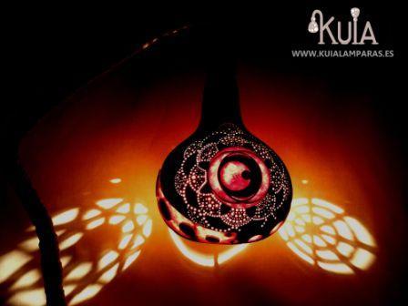 lámpara hecha con calabaza