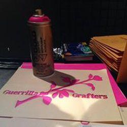 spray rosa plantilla guerrilla grafters