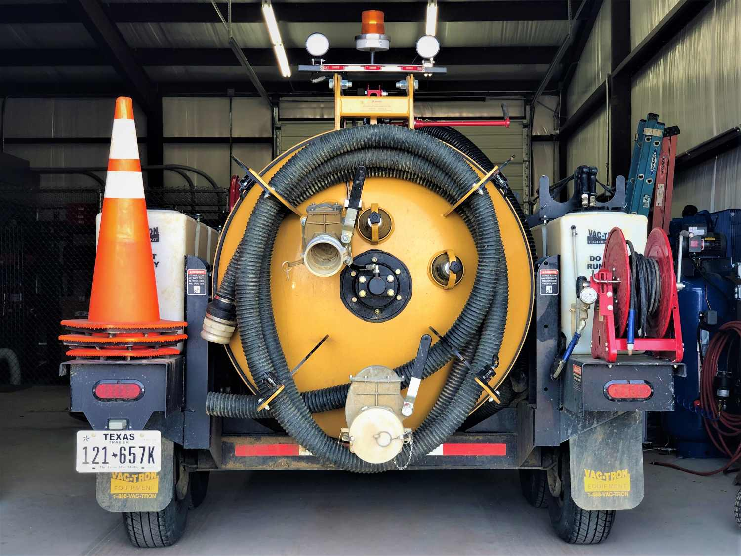 Hydro Excavation and Air Vacuum Excavation