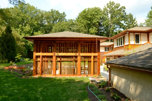timber framing, Hugh Lofting TImber Framing, Western Red Cedar, timber frame, timber framed porch, timber framed screened in porch, screened in porch, screen porch