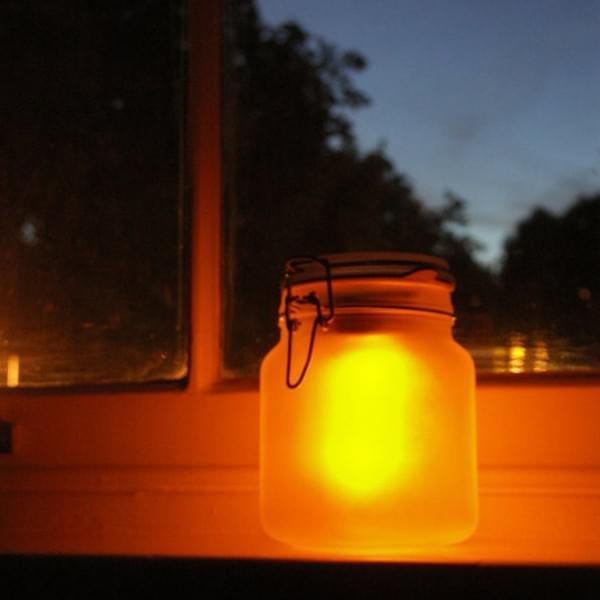 sun jar jaune pot lumiere ambiance jardin exterieur energie solaire ecolo