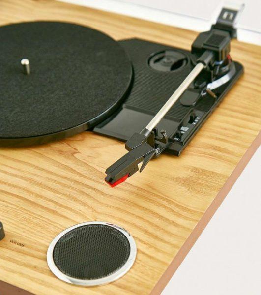 platine-vinyle-avec-haut-parleurs-integres-tourne-disque