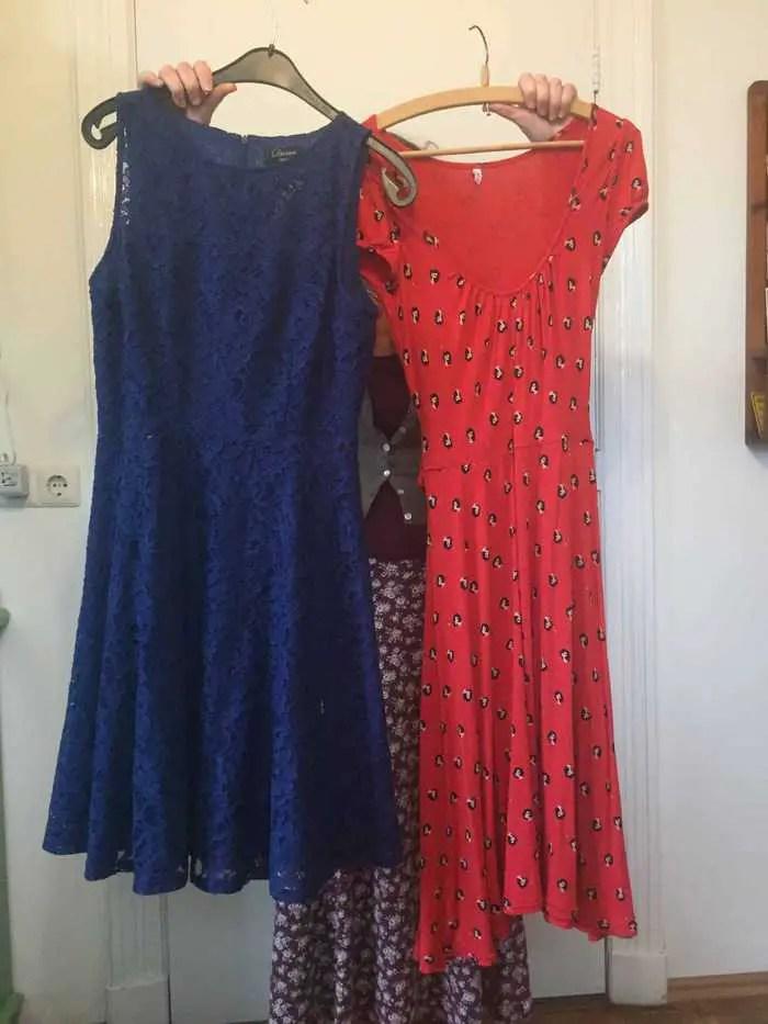twee jurken