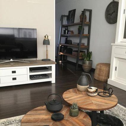 tvhoek woonkamer salontafel