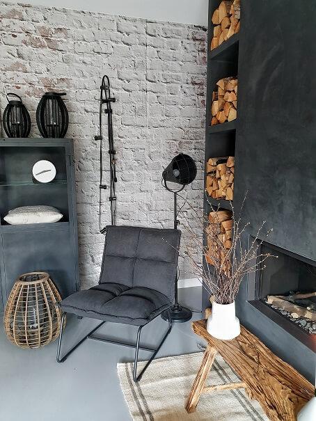 De zoektocht naar een geschikte fauteuil   Huizedop