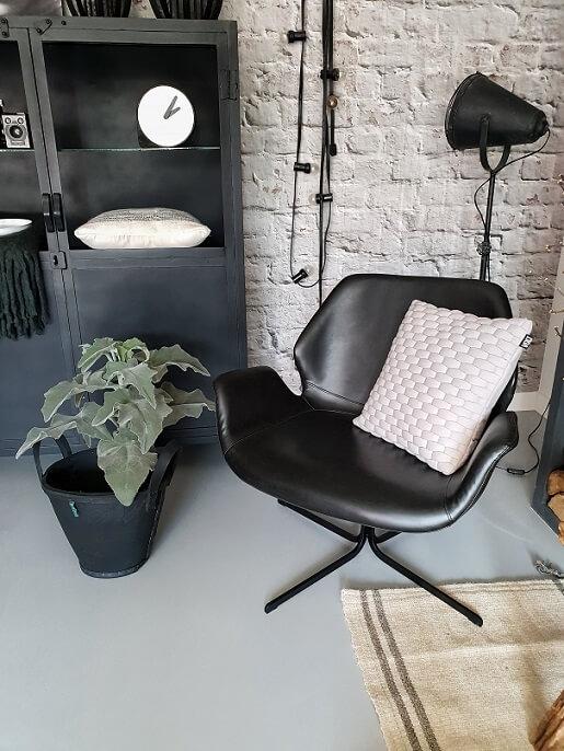De zoektocht naar een geschikte fauteuil | Huizedop