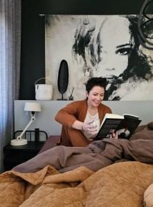 een boek lezen slaapkamer