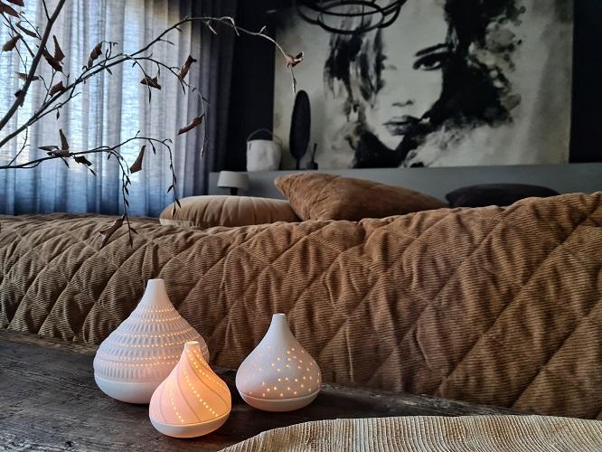 slaapkamerstyling bruin beddengoed
