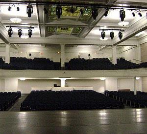 resized Helen Foley theatre - American School & University Outstanding Designs
