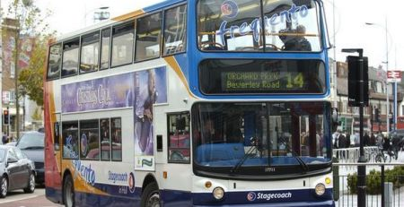 hull-drivers-divided-over-whether-to-give-way-to-buses…