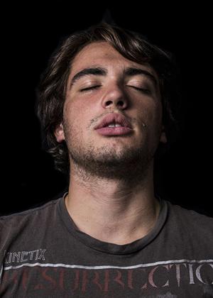 Мужчины и слёзы: фотопроект