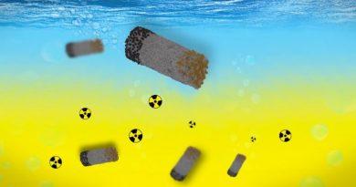 Microrobots clean up radioactive waste