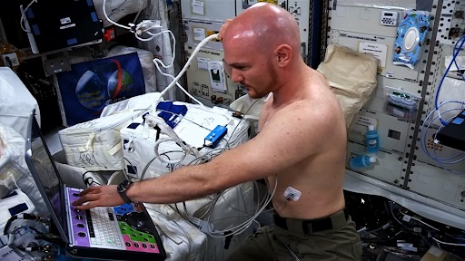 Medical exams in space