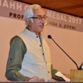 Prof. Anil Nagrath, Secretary General, IAHH, introducing the humane habitat movement and the IAHH Gold Medal.