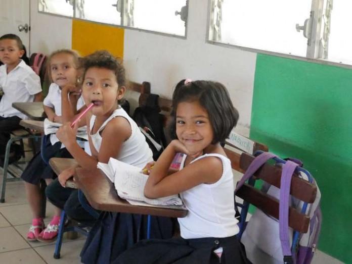 infancia-sin-fronteras-educacion