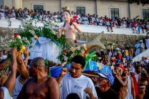 2. februar feires Yemanja i Salvador. Hun er havgudinnen i candomble. Flere hundre tusen mennesker kommer til festen. Foto: Roar Nerdal.