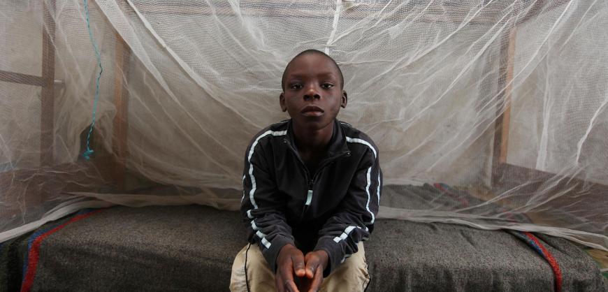 Jerry, et av mange nigerianske barn som er blitt beskyldt for hekseri. Han ble slått av pastoren, sultet, tvunget til å spise sement og til slutt satt fyr på av sin egen far, mens pastorens kone heiet på. Foto: NTB/Scanpix.